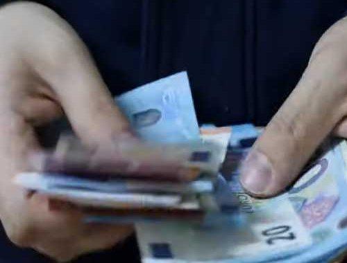 Geld-Lenen-Klein-Bedrag